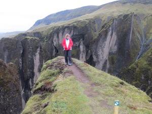 Em on the edge at Fjadargljufur